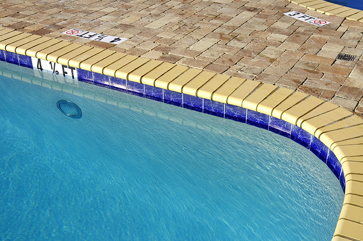 Recreation-Center-Swimming-Pools-Rapidly-Heat-and-Cool-
