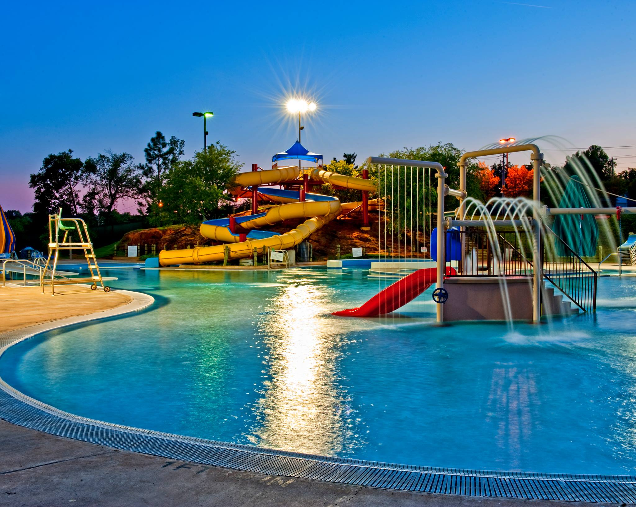 outdoor water park at recreation center