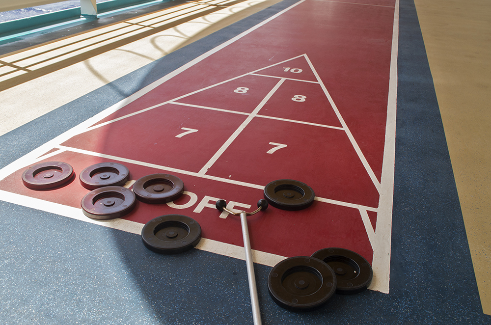 Cruise ship shuffleboard game - Sports Facilities Advisory